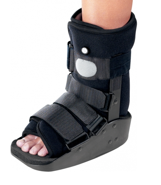 DonJoy- MaxTrax™ Air Ankle